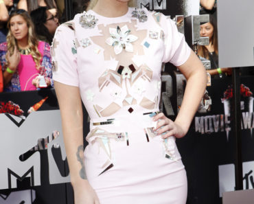 2014 MTV Movie Awards - Arrivals