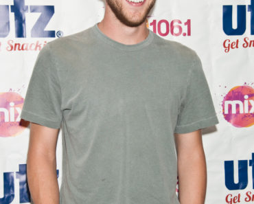 Phillip Phillips in Concert at Mix 106's Performance Theatre in Bala Cynwyd - July 18, 2014