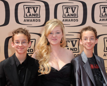2010 TV Land Awards - Arrivals