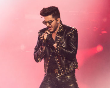 Queen with Adam Lambert in Concert at Barclaycard Arena in Birmingham - January 23, 2015