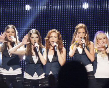 "(L to R) Emily (HAILEE STEINFELD), Beca (ANNA KENDRICK), Chloe (BRITTANY SNOW), Stacie (ALEXIS KNAPP) and Fat Amy (REBEL WILSON) perform as the Barden Bellas in ""Pitch Perfect 2"", the follow-up to 2012's surprise hit."