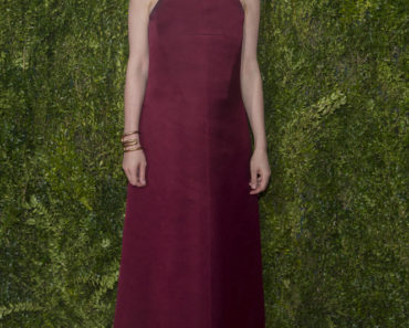 06/07/2015 - Carey Mulligan - 69th Annual Tony Awards - Arrivals - Radio City Music Hall - New York City, NY, USA - Keywords: Radio City Music Hall, New York City, Tony Awards, Red Carpet, Celebrities, Broadway Awards Orientation: Portrait Face Count: 1 - False - Photo Credit: PR Photos / PRPhotos.com - Contact (1-866-551-7827) - Portrait Face Count: 1
