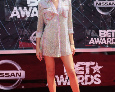06/28/2015 - Zendaya Coleman - 2015 BET Awards - Arrivals - Microsoft Theater - Los Angeles, CA, USA - Keywords: full length, singer Orientation: Portrait Face Count: 1 - False - Photo Credit: Aaron J. Thornton / PR Photos - Contact (1-866-551-7827) - Portrait Face Count: 1