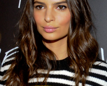 "08/19/2015 - Emily Ratajkowski - ""We Are Your Friends"" Chicago Premiere - Arrivals - Kerasotes Showplace Icon Theater - Chicago, IL, USA - Keywords: Chicago, Kerasotes Showplace Icon Theater, We Are Your Friends film, Ford Model, 2014 Sports Illustrated Swimsuit model, actress, black and white top, long hair Orientation: Portrait Face Count: 1  Headshot - False - Photo Credit: Adam Bielawski / PRPhotos.com - Contact (1-866-551-7827) - Portrait Face Count: 1"