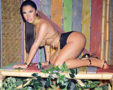 "08/04/2015 - Nicki Minaj Wax Figure - Nicki Minaj Wax Figure Unveiled at Madame Tussauds Las Vegas on August 4, 2015 - Madame Tussauds Las Vegas Museum at The Venetian Hotel & Casino - Las Vegas, NV, USA - Keywords: Vertical, Full Length Shot, Black Two Piece Bikini, Ring, Rings, Bracelet, Bracelets, Jewelry, Tattoo, Gold Strap High Heel Shoes, Pulled Back Long Black Hair, Updo, Gold Chain Top, Gold Necklace, Gold Earrings, Bamboo, Plants, Inspired by ""Anaconda"" music video, Nevada, Singer, Arts Culture and Entertainment, Waxworks, Reproduction, Nevada, Celebrity, Woman, Celebrities, Person, People Orientation: Portrait Face Count: 1 - False - Photo Credit: PRN / PRPhotos.com - Contact (1-866-551-7827) - Portrait Face Count: 1"