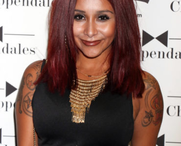 "08/22/2015 - Nicole Polizzi - Nicole ""Snooki"" Polizzi and Friends Attend Chippendales Show in Las Vegas on August 22, 2015 - Chippendales Theater at Rio All-Suite Hotel & Casino - Las Vegas, NV, USA - Keywords: Horizontal, Black Shorts, Black Sleeveless Blouse, Tattoo, Necklace, Gold Necklaces, Jewelry, Portrait, Looking at the camera, Nicole Elizabeth ""Snooki"" Polizzi, Nicole ""Snooki"" Polizzi, MTV Reality Show ""Jersey Shore"", ""Snooki & JWoww"", shoulder length wavy red hair, Woman, Girl, Topics, People, Person, Arts Culture and Entertainment, Attending, Topix, Bestof, Celebrity, Celebrities, Clothing Designer, Fashion, Nevada, reality television series, Reality TV Personality Orientation: Portrait Face Count: 1 - False - Photo Credit: PRN / PRPhotos.com - Contact (1-866-551-7827) - Portrait Face Count: 1"