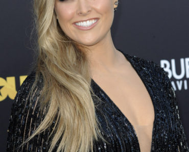 "06/01/2015 - Ronda Rousey - ""Entourage"" Los Angeles Premiere - Arrivals - Regency Village Theatre - Westwood, CA, USA - Keywords:  Orientation: Portrait Face Count: 1 - False - Photo Credit: David Gabber / PRPhotos.com - Contact (1-866-551-7827) - Portrait Face Count: 1"