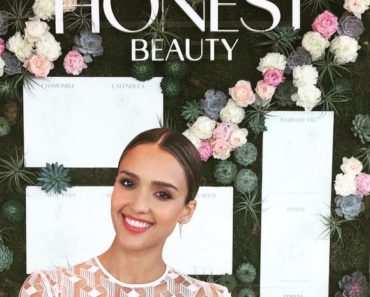 Jessica-Alba-Honest-Beauty-Insta