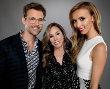 "NBCUNIVERSAL EVENTS -- NBCUniversal Portrait Studio -- Pictured: (l-r) TV personalities Brad Goreski, Melissa Rivers and Giuliana Rancic from ""Fashion Police"" pose for a portrait at the NBCUniversal Summer Press Day during the 2015 Summer TCA Tour at The Beverly Hilton on August 12, 2015 in Beverly Hills, California -- (Photo by: Christopher Polk/NBCUniversal)"