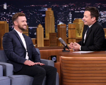 THE TONIGHT SHOW STARRING JIMMY FALLON -- Episode 0325 -- Pictured: (l-r) Singer Justin Timberlake during an interview with host Jimmy Fallon on September 9, 2015 -- (Photo by: Douglas Gorenstein/NBC)