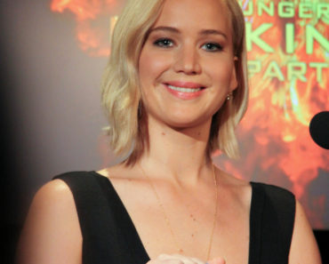 "10/31/2015 - Jennifer Lawrence - ""The Hunger Games: Mockingjay - Part 2"" Los Angeles Press Conference - Four Seasons Hotel Los Angeles at Beverly Hills, 300 S Doheny Drive - Los Angeles, CA, USA - Keywords: Vertical, Actress, Shoulder Length Wavy Blond Hair, Woman, People, Person, California, Film, Movie, Portrait, Photography, Film Industry, Arts Culture and Entertainment, Attending, Celebrities, Celebrity, Lions Gate Films, Lionsgate Films Orientation: Portrait Face Count: 1 - False - Photo Credit: Izumi Hasegawa / PRPhotos.com - Contact (1-866-551-7827) - Portrait Face Count: 1"