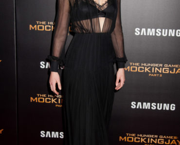 "11/18/2015 - Jennifer Lawrence - ""The Hunger Games: Mockingjay - Part 2"" New York City Premiere - Arrivals - AMC Loews Lincoln Square 13 Theater - New York City, NY, USA - Keywords: Vertical, Film Industry, Film Premiere, Movie Premiere, Portrait, Photography, Fashion, Red Carpet Event, Arts Culture and Entertainment, Attending, Celebrities, Lions Gate Films, Lionsgate Films, Celebrity, Person, People Orientation: Portrait Face Count: 1 - False - Photo Credit: Janet Mayer / PRPhotos.com - Contact (1-866-551-7827) - Portrait Face Count: 1"