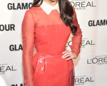 11/09/2015 - Selena Gomez - Glamour's 25th Anniversary Women Of The Year Awards - Arrivals - Carnegie Hall - New York City, NY, USA - Keywords:  Orientation: Portrait Face Count: 1 - False - Photo Credit: Loredana Sangiuliano / PRPhotos.com - Contact (1-866-551-7827) - Portrait Face Count: 1