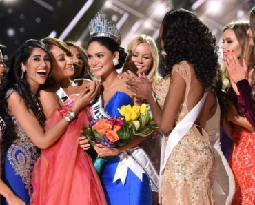 MISS UNIVERSE 2015®: Miss Philippines, Pia Alonzo Wurtzbach is crowned Miss Universe 2015 at MISS UNIVERSE 2015® airing Sunday, Dec. 20 (7:00-10:00 PM ET live/PT tape-delayed) on FOX. © 2015 Fox Broadcasting Co. Cr: Michael Becker / FOX.