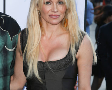 "06/24/2015 - Pamela Anderson - ""Unity"" Documentary World Premiere - Arrivals - DGA Theater - Los Angeles, CA, USA - Keywords: Vertical, California, Film Premiere, Movie Premiere, Film Industry, Red Carpet Event, Film Screening, Arts Culture and Entertainment, Attending, Celebrity, Celebrities Orientation: Portrait Face Count: 1 - False - Photo Credit: PRPhotos.com - Contact (1-866-551-7827) - Portrait Face Count: 1"