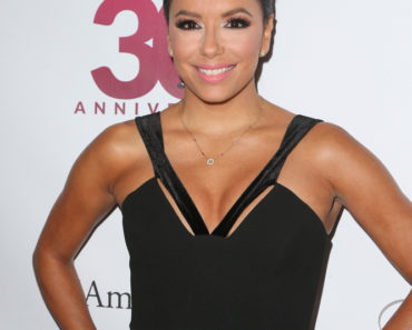 "09/17/2015 - Eva Longoria - 15th Annual Padres Contra El Cancer's ""El Sueno De Esperanza"" Gala Hosted by Eva Longoria - Arrivals - Boulevard3, 6523 Sunset Boulevard - Los Angeles, CA, USA - Keywords: Vertical, Hollywood, California, Photography, Portrait, Arts Culture and Entertainment, Attending, Celebrities, Annual Event, Red Carpet Arrival, Celebrity, Person, Bestof Topix Orientation: Portrait Face Count: 1 - False - Photo Credit: PRPhotos.com - Contact (1-866-551-7827) - Portrait Face Count: 1"