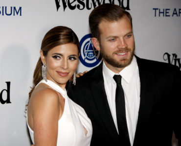 01/09/2016 - Jamie-Lynn Sigler and Cutter Dykstra - Art Of Elysium's 9th Annual Heaven Gala - Arrivals - 3LABS - Culver City, CA, USA - Keywords:  Orientation: Portrait Face Count: 1 - False - Photo Credit: David Gabber / PRPhotos.com - Contact (1-866-551-7827) - Portrait Face Count: 1