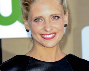 07/29/2013 - Sarah Michelle Gellar - 2013 TCA Summer Press Tour - CBS/CW/Showtime Party - Arrivals - 9900 Wilshire Boulevard - Beverly Hills, CA, USA - Keywords: 2013 Television Critic Association's Summer Press Tour CBS/CW/Showtime Party Arrivals Orientation: Portrait Face Count: 1 - False - Photo Credit: Andrew Evans  / PR Photos - Contact (1-866-551-7827) - Portrait Face Count: 1