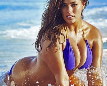ashley-graham-2016-photo-sports-illustrated