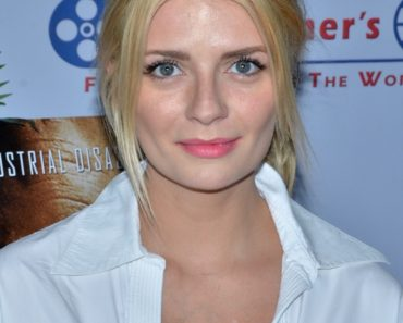 "04/10/2015 - Mischa Barton - 7th Annual Kat Kramer's Films That Change the World Presents ""Bhopal: A Prayer for Rain"" - Canon USA, Inc. Screening Room - Hollywood, CA, USA - Keywords:  Orientation: Portrait Face Count: 1  Headshot -  - Photo Credit: Billy Bennight / PR Photos - Contact (1-866-551-7827) - Portrait Face Count: 1"