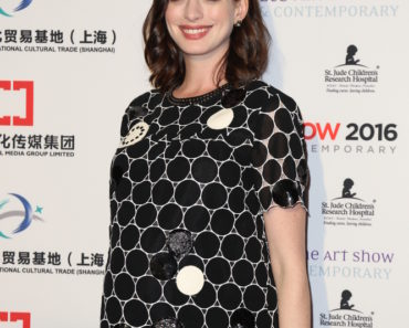 01/27/2016 - Anne Hathaway - LA Art Show and Los Angeles Fine Art Show's 2016 Opening Night Premiere Party Benefiting St. Jude Children's Research Hospital - Los Angeles Convention Center - Los Angeles, CA, USA - Keywords: Woman, Actress, Pregnant, Vertical, Social Event, Exhibition, Art Show, Fine, Making Money, Charity, Fundraiser, Fundraising, Benefit, Portrait, Photography, Arts Culture and Entertainment, Attending, Celebrities, Celebrity, Person, People, Topix, Bestof, California Orientation: Portrait Face Count: 1 - False - Photo Credit: Guillermo Proano / PR Photos - Contact (1-866-551-7827) - Portrait Face Count: 1