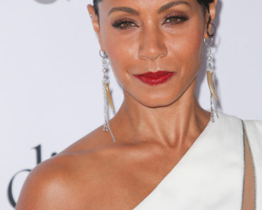 12/10/2015 - Jada Pinkett Smith - 2nd Annual Diamond Ball Hosted by Rihanna and the Clara Lionel Foundation - Arrivals - The Barker Hanger - Santa Monica, CA, USA - Keywords: Vertical, Portrait, Photography, Red Carpet Event, Arts Culture and Entertainment, Attending, Celebrities, Celebrity, Person, People, Topix, Bestof, California Orientation: Portrait Face Count: 1 - False - Photo Credit: PRPhotos.com - Contact (1-866-551-7827) - Portrait Face Count: 1