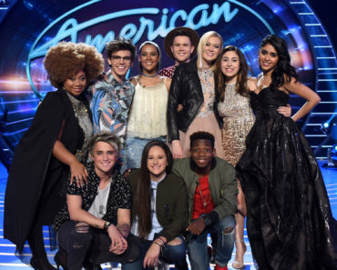 AMERICAN IDOL: Top 10: L-R: Top 10 contestants La'Porsha Renae, MacKenzie Bourg, Tristan McIntosh, Trent Harmon, Olivia Rox, Gianna Isabella, Sonika Vaid, (L-R Front Row) Dalton Rapattoni, Avalon Young and Lee Jean on AMERICAN IDOL airing Thursday, Feb. 25 (8:00-10:00 PM ET/PT) on FOX. © 2016 FOX Broadcasting Co. Cr: Ray Mickshaw/ FOX.