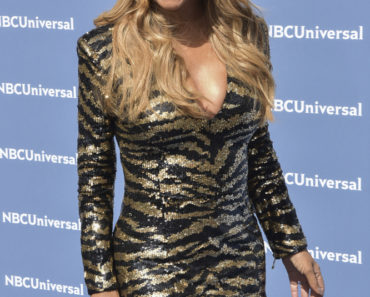 05/16/2016 - Mariah Carey - NBCUniversal 2016 Upfront Presentation - Arrivals - Rockefeller Center - New York City, NY, USA - Keywords: Arrivals, Upfront, Celebrities, NBC, Universal Orientation: Portrait Face Count: 1 - False - Photo Credit: Loredana Sangiuliano / PRPhotos.com - Contact (1-866-551-7827) - Portrait Face Count: 1