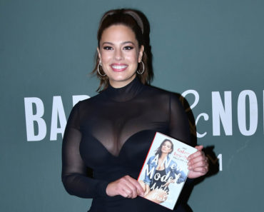 "Ashley Graham ""A New Model: What Confidence, Beauty, and Power Really Look Like"" Book Signing at Barnes & Noble in New York City on May 9, 2017"